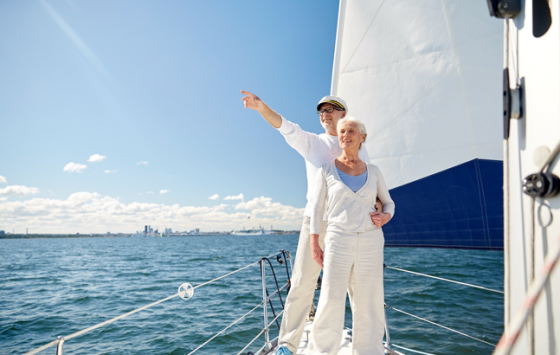 sail-couple-shutterstock_372482113-647